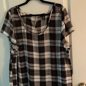 Torrid loose and flowy blouse